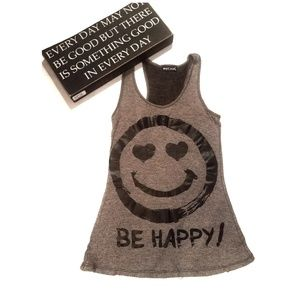 WET SEAL Gray Be Happy Face Tank Top Tshirt